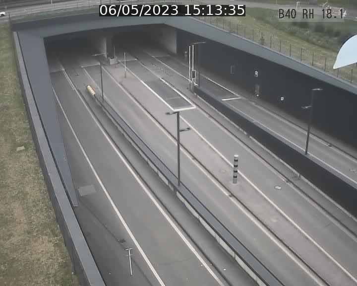 Webcam sur la route de contournement d'Esch-Belval avant le tunnel Central Gate au niveau de la porte de France et du radar fixe