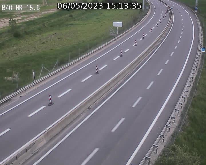 Webcam sur la route de liaison entre Micheville et Esch-Belval à la frontière entre le Luxembourg et la France. Vue orientée vers la Lorraine.