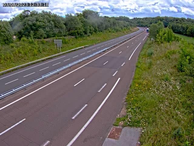 Webcam sur la D438, à proximité du début de la N19 près de Lure, à Lyoffans